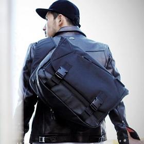 [구매후기 지갑증정][몬스터 리퍼블릭]COMPOUND MESSENGER BAG / BLACK 메신져백 라이딩백 가방 컴파운드 메신저