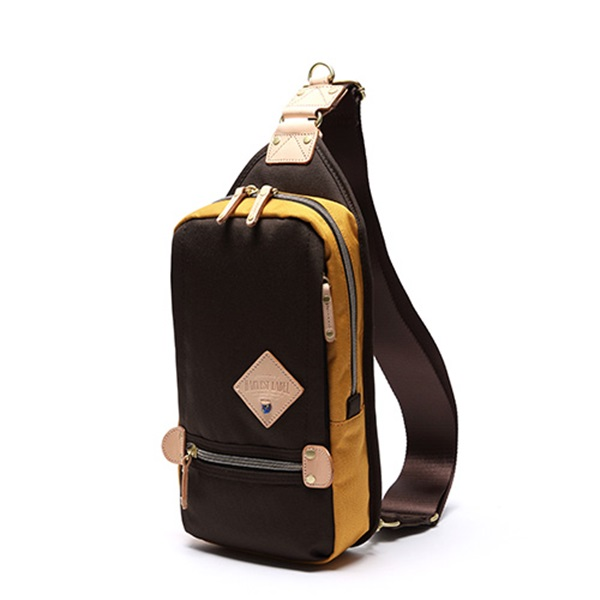 ※[하베스트라벨]HARVEST LABEL - TWO-TONE SLING PACK HFC-9006 (Brown) 투톤 슬링백