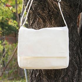 [모노노] MONONO - Cotton 100 Mail Bag - Ivory 크로스백 가방 캔버스 메일백