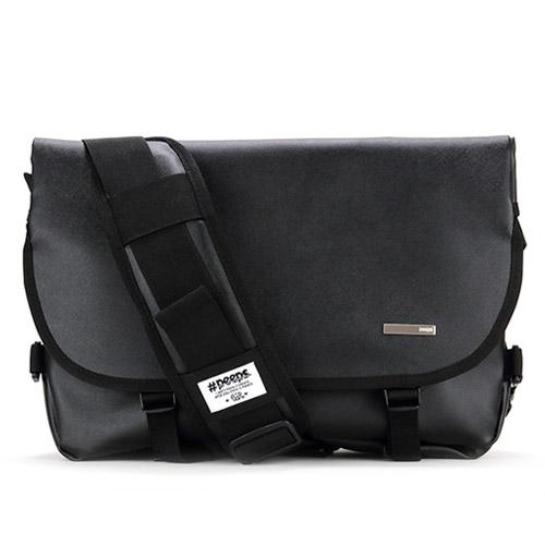 [사은품 뱃지 증정][핍스] PEEPS essential messenger bag(SL_black) 에센셜 메신져백 메신저백 메신져 메신저 가죽 가죽메신져백
