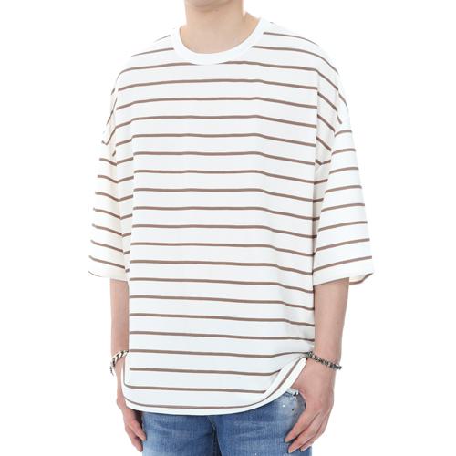 [쟈니웨스트] JHONNYWEST - Embo Stripe Oversize Fit (Brown) 오버핏 오버사이즈 반팔티
