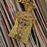 [디자인바이티에스에스]Design By TSS JESUS SQUARE XL GOLD JESUS  NECKLACE (GOLD) 지저스 큐빅 장식 넥클리스