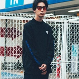 [본챔스] BORN CHAMPS BC HALF HIGH NECK SWEATSHIRT BLACK CEPDMMT02BK 맨투맨 크루넥 스��셔츠