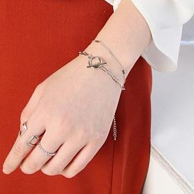 [러쉬오프] RUSHOFF Classy Layered Silver Chain Bracelet  / 클래시 레이어드 체인팔찌
