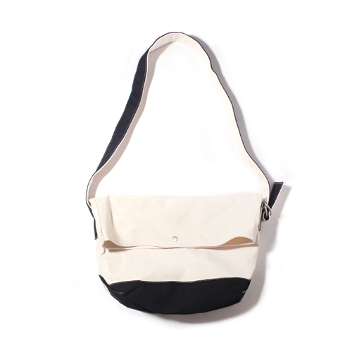 [벗딥]BUTDEEP - FLAP MESSENGER BAG-NATURAL.BLACK 메신저백