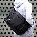 [단독판매][몬스터 리퍼블릭] ADVENCE MESSENGER BAG / BLACK 메신저백 메신져백