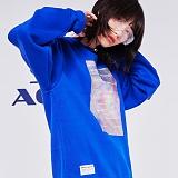 [스페이스에이지] SPACE AGE -  홀로그램 스웨트 셔츠 (블루) 맨투맨