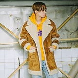 [슬로우유니버스] (UNISEX) oversized suede mouton coat (Beige) 오버사이즈 스웨이드 무톤 코트 무스탕