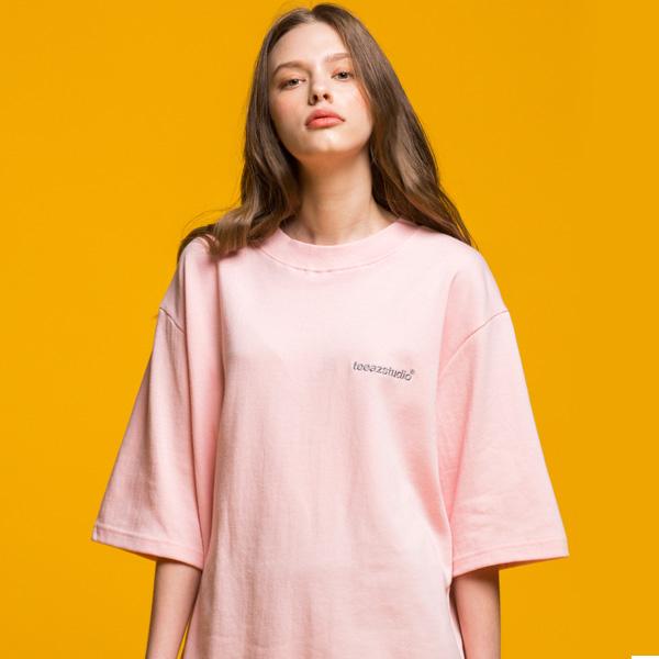 [티아즈][UNISEX] 심플 로고 특양면 반팔티 (핑크)
