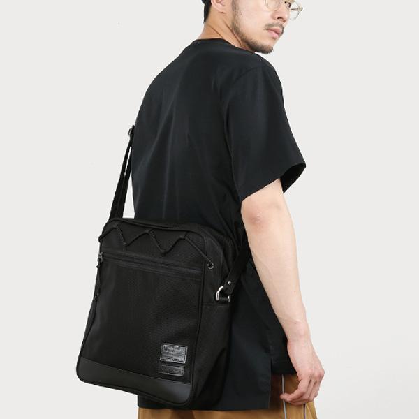 [몬스터리퍼블릭][사은품 키링 증정/구매후기 지갑증정] MAX BLACK CROSS BAG #001 크로스백