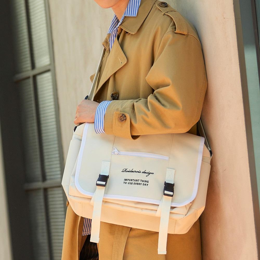 [로아드로아]ROIDESROIS - CLAP CLAP MESSENGER BAG (IVORY) 메신저백 신학기가방 메신져백 크로스백