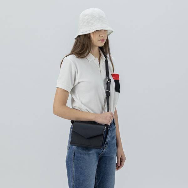 [아텀스튜디오]ATEMSTUDIO 하코 미니 크로스백 블랙 가죽 레더 크로스백 여성가방