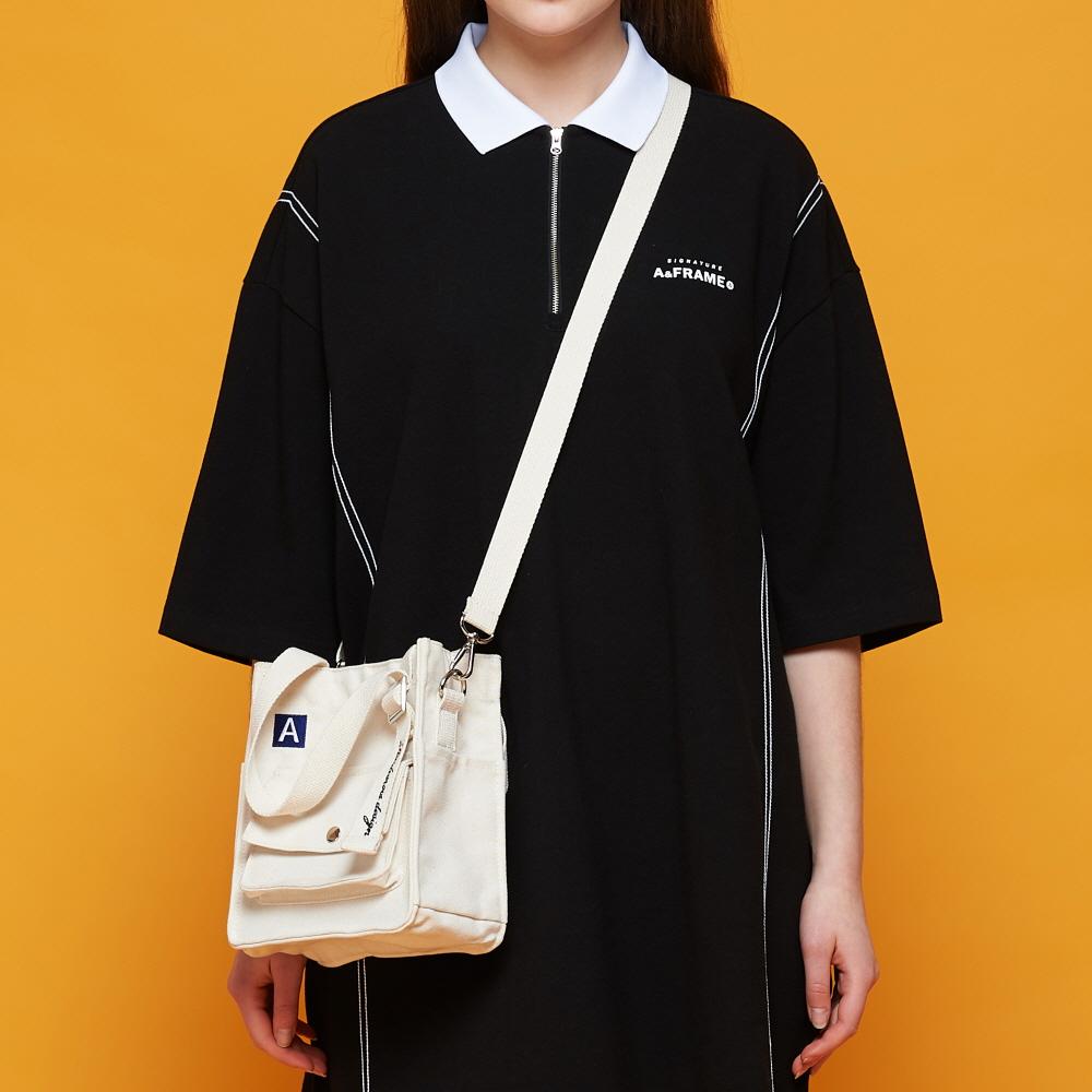 [5월27일 예약판매][어나더프레임X로아드로아] MINI A LABEL CROSS BAG (IVORY) 미니백 크로스백 숄더백 가방