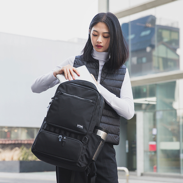 에이치티엠엘 CITY SQ BACKPACK (BLACK)