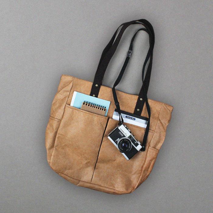 [모노노] MONONO - 6 Pocket 3 Way Bag Waterproof Kraft (베이지) 방수 크래프트 숄더백 토트백 토트백 숄더백 크로스백
