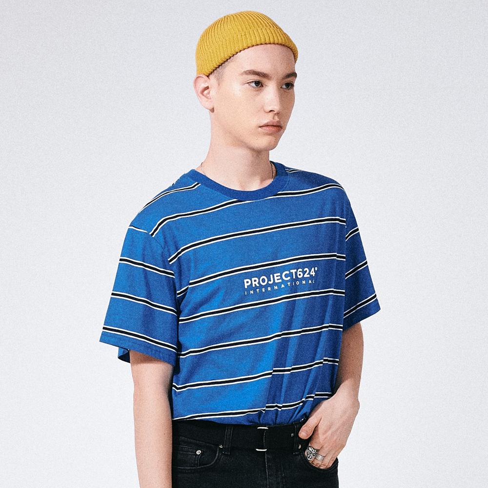 [프로젝트624](UNISEX) 인터내셔날 스트라이프 로고 티셔츠 블루네이비