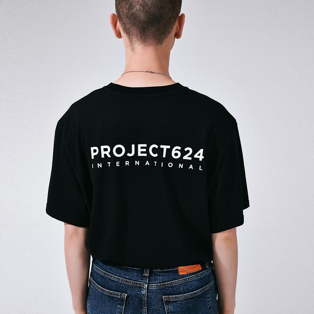 [프로젝트624](UNISEX) 인터내셔날 빅로고 티셔츠 블랙