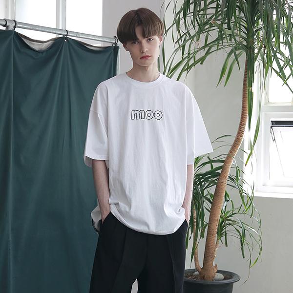 [엠오오] MOO - Initials Logo Oversize T-shirts White 오버사이즈 티셔츠 반팔티