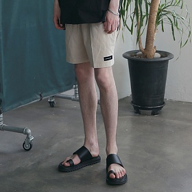 [엠오오] MOO - Minimal Washed Linen Short Pants Beige 미니멀 워시드 린넨 쇼트 팬츠 반바지