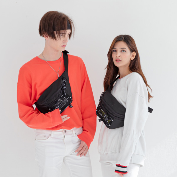 [로디스] 힙색 NO FRILLS WAIST BAG BLACK/WHITE