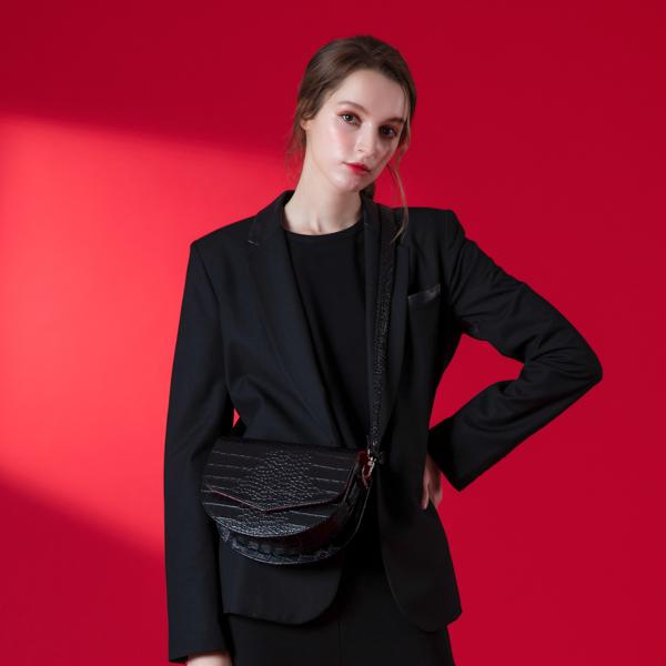 [아텀스튜디오]ATEMSTUDIO 루나 크로스백 크로커다일 블랙 가죽 레더 크로스백 여성가방