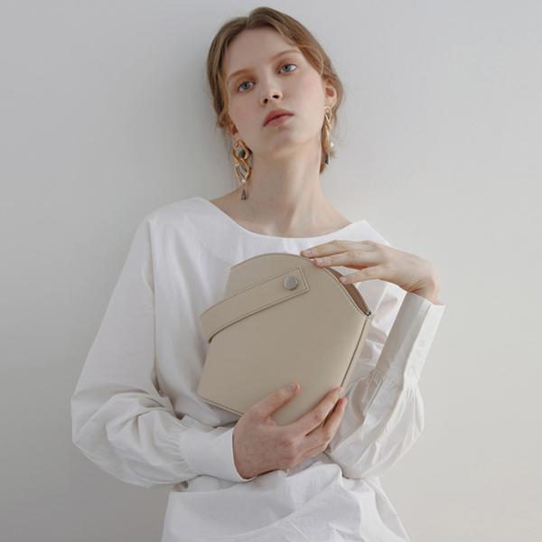 [세미코드] SEMICODE  - 쿠르베(courbe)백 beige 토트백 크로스백 숄더백 여성가방