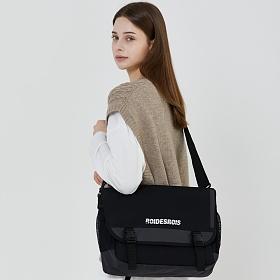[로아드로아] SIGNATURE LOGO MESSENGER BAG (BLACK) 메신저백 메신져