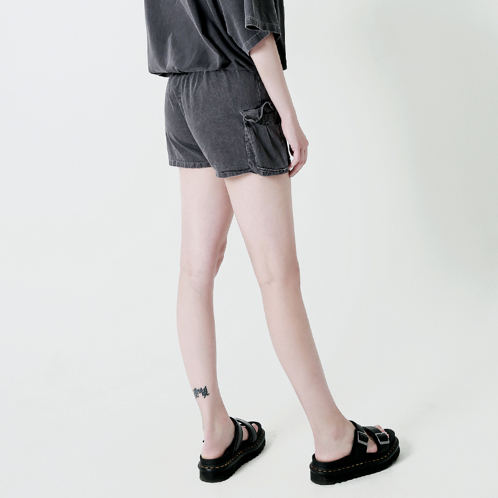 [엠오오] MOO - [여성]피그먼트 카고 숏팬츠 다크그레이