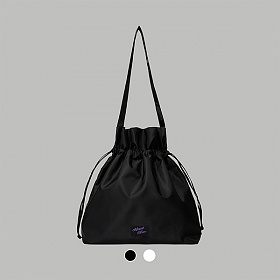[로켓펀치 다현 (여자)아이들 민니 착용][얼모스트블루]NYLON BUCKET BAG 버킷백 크로스백