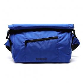 [로아드로아] LINE ROLL-TOP RIP MESSENGER BAG (BLUE) 메신저백 웨이스트백 힙색
