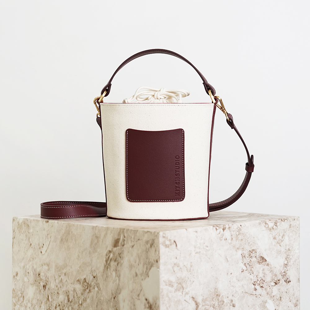 [키치스튜디오] MUG POCKET BAG (머그 포켓 백) (BG20017) 여성가방