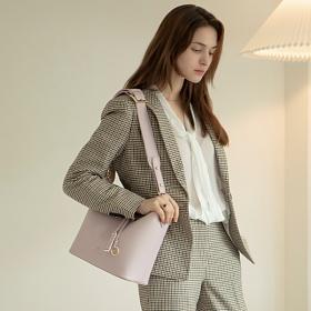 [백투베이직스]BAG TO BASICS - MANOS 마노스 버킷백 -  라이트 바이올렛 여성가방